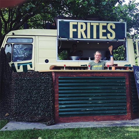 #parkpop . . . . . #foodstagram #tasty #foodphotographer #foodlover #hungry #denhaag #foodblog #streetfood #festival #events #foodie #foodtruck #piepersenrund  #denhaag #friet #parkpop
